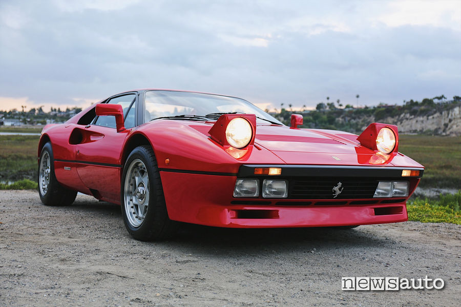 Ferrari 288 GTO come quella rubata in germania