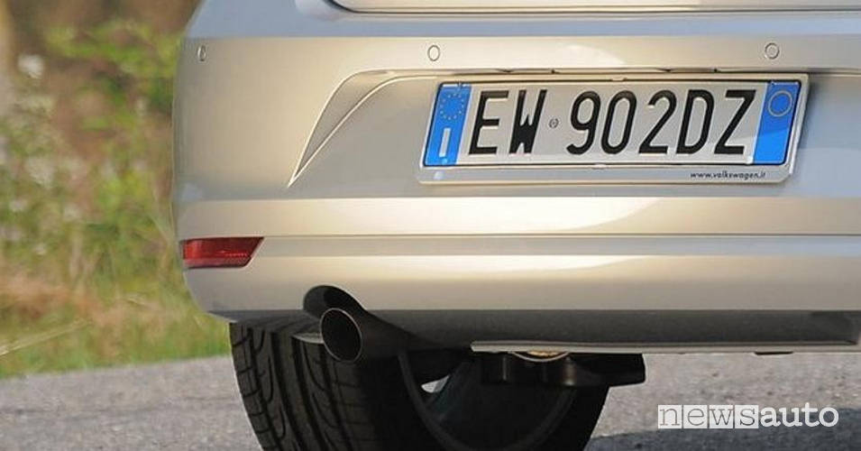 nuova targa auto posteriore italiana