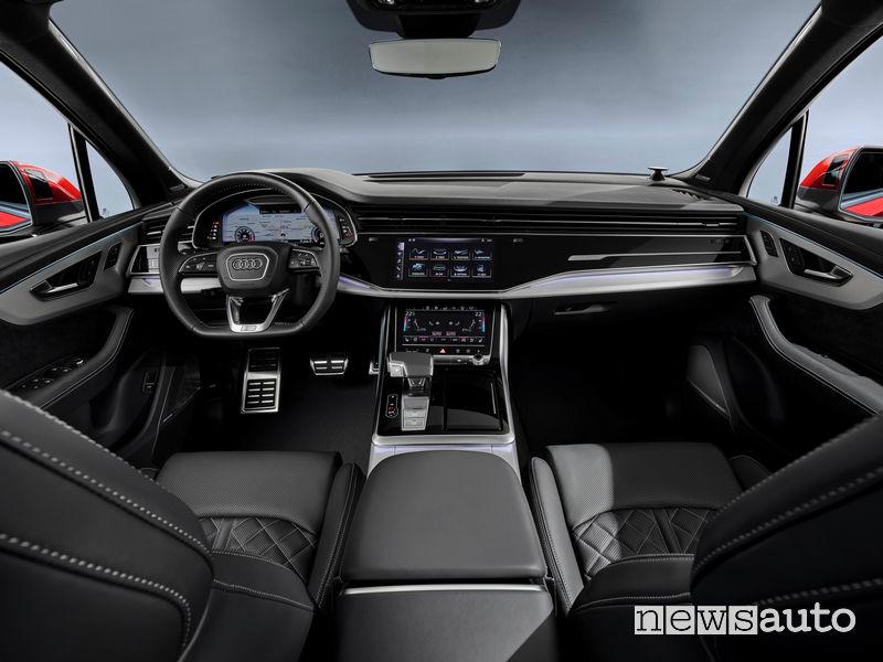 Audi Q7 2020 plancia strumenti