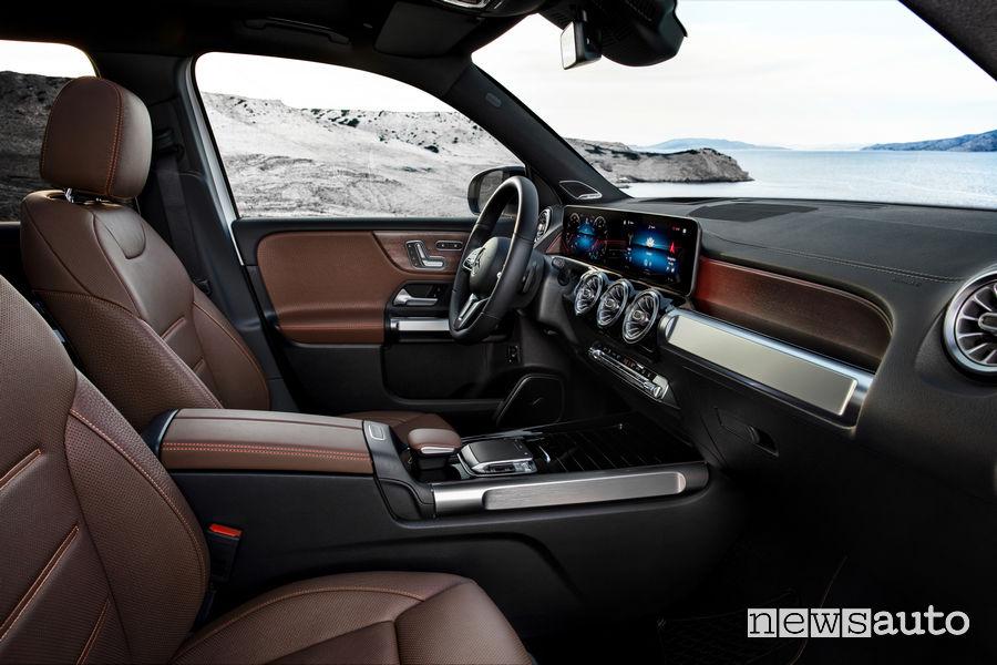 Mercedes-Benz GLB Edition 1 sedili anteriori
