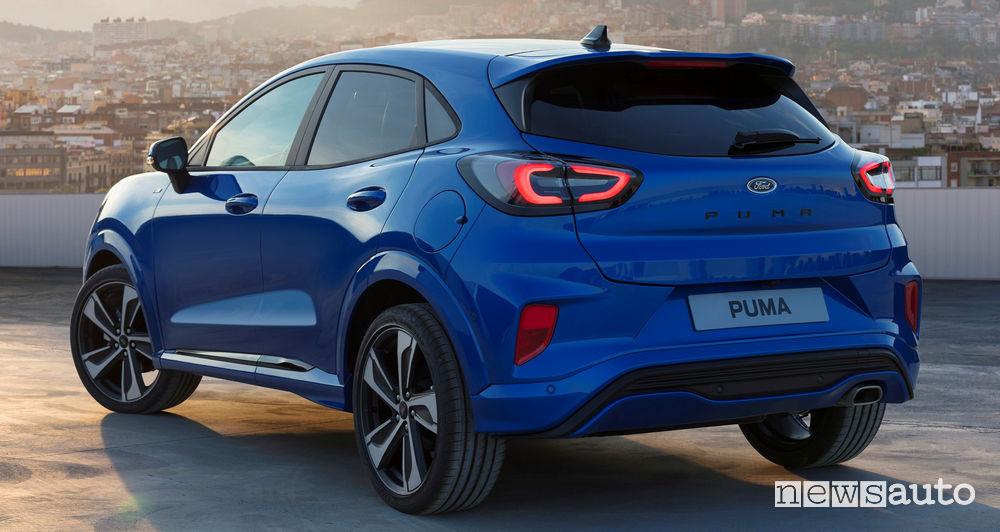 Nuova Ford Puma ST-Line vista posteriore