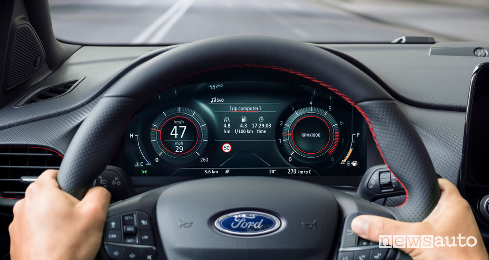 Nuova Ford Puma ST-Line quadro strumenti digitale