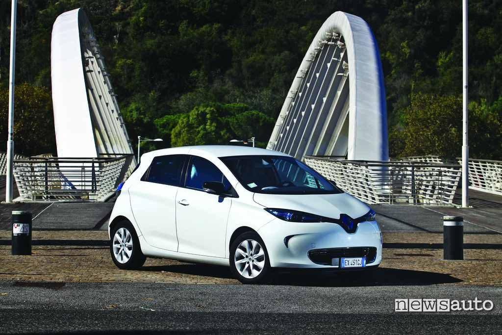 Renault Zoe frontale fotograta a Roma