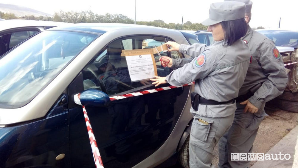Sequesto autodemolitori auto in provincia di Frosinone, carabinieri, forestale ed arpa.
