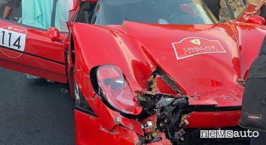 incidente Ferrari Cavalcade 2019 ferrari f50 spider