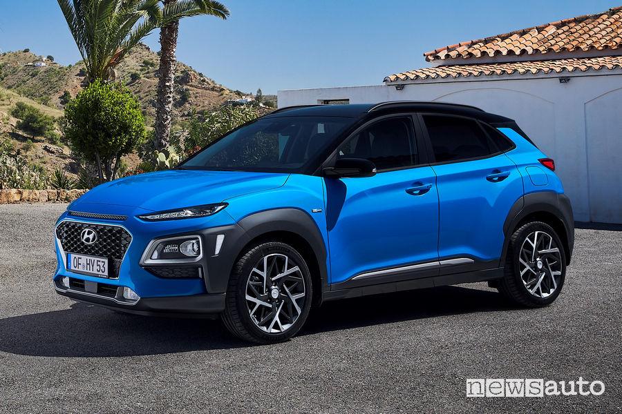 Hyundai Kona Hybrid vista di profilo
