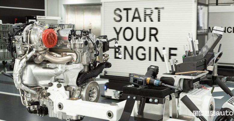 Motore Mercedes-AMG 4 cilindri benzina