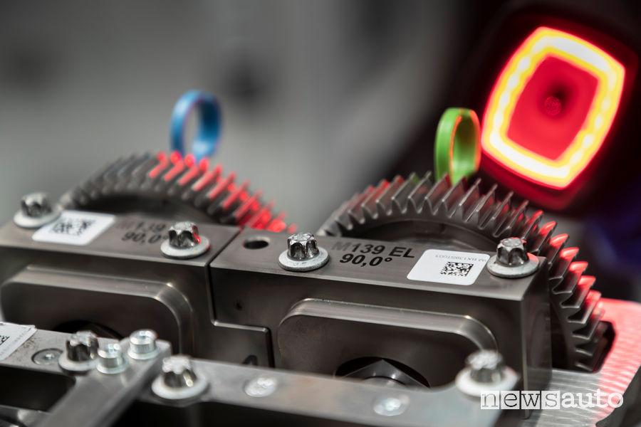 Il motore Mercedes-AMG benzina 2.0 V4 ha la sigla M139, il 4 cilindri più potente al mondo