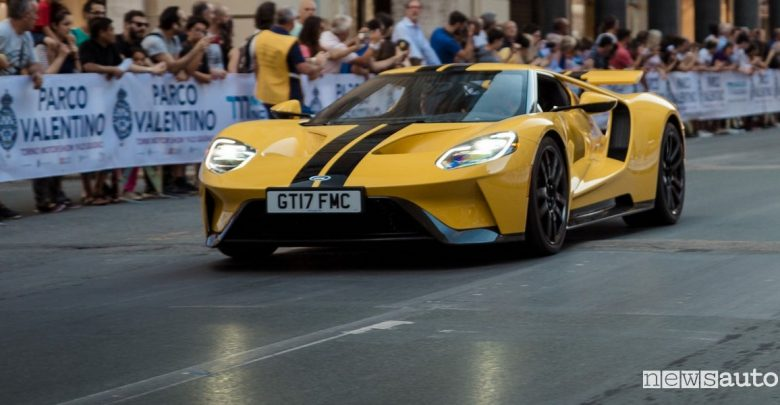 Supercar Parade Parco Valentino 2019 Ford Gt