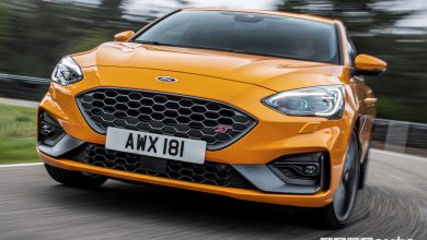 Ford Focus ST 2019 Orange vista frontale in movimento