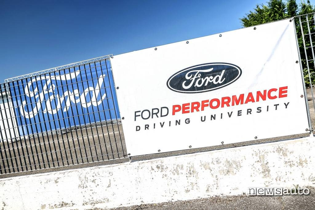 Magione Ford Performance Driving University