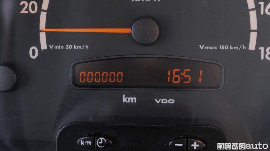 Contachilometri del furgone Mercedes Sprinter arrivato a 1.000.000 di km!