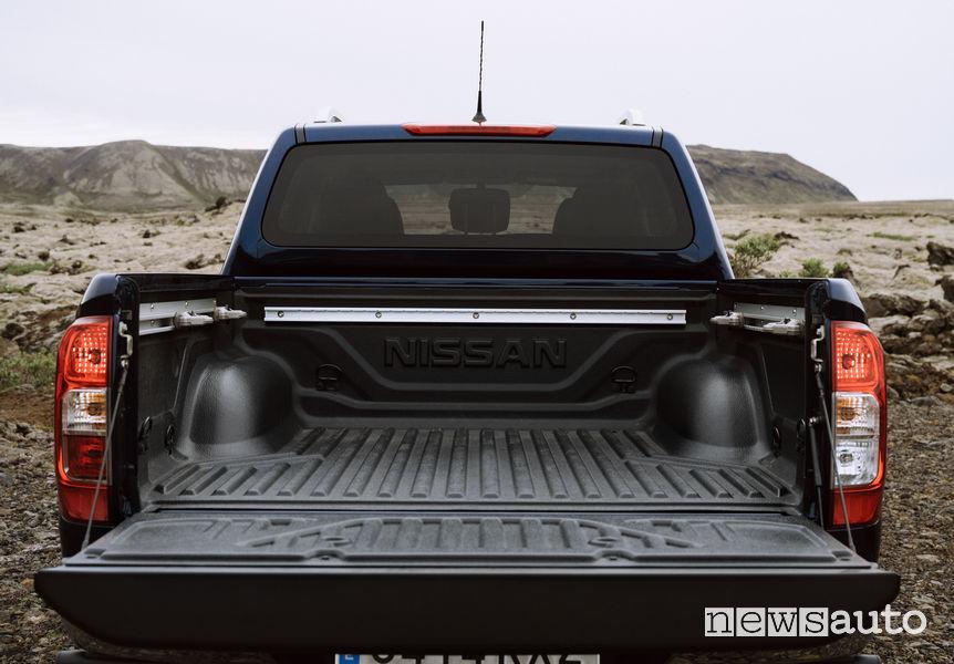 Nissan Navara 2020 Double Cab cassone aperto