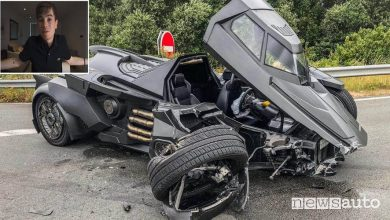 Photo of Youtuber distrugge una  Lamborghini, incidente alla Batmobile da 1 milione di euro