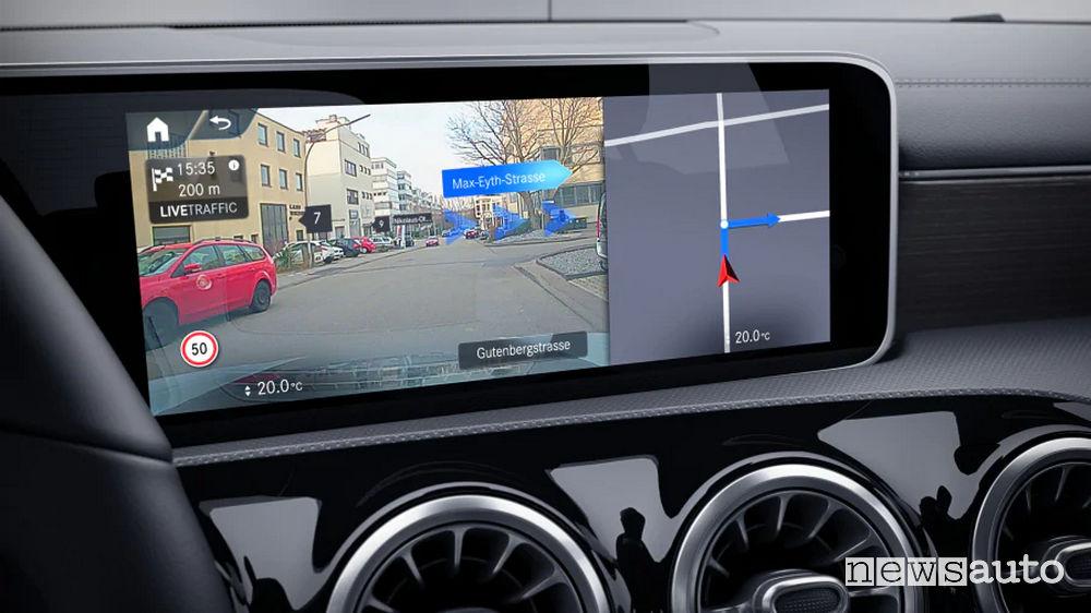 Realtà aumentata MBUX  Mercedes Classe B Sport Extra