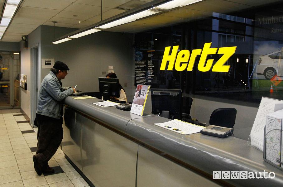 noleggio auto con carta di debito o bancomat