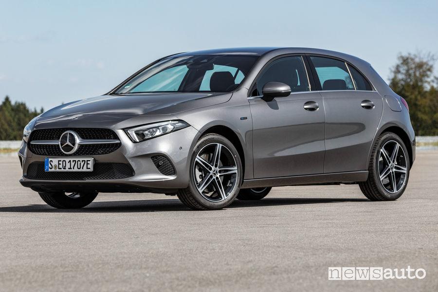 Mercedes-Benz Classe A Plug-in-Hybrid, vista di profilo