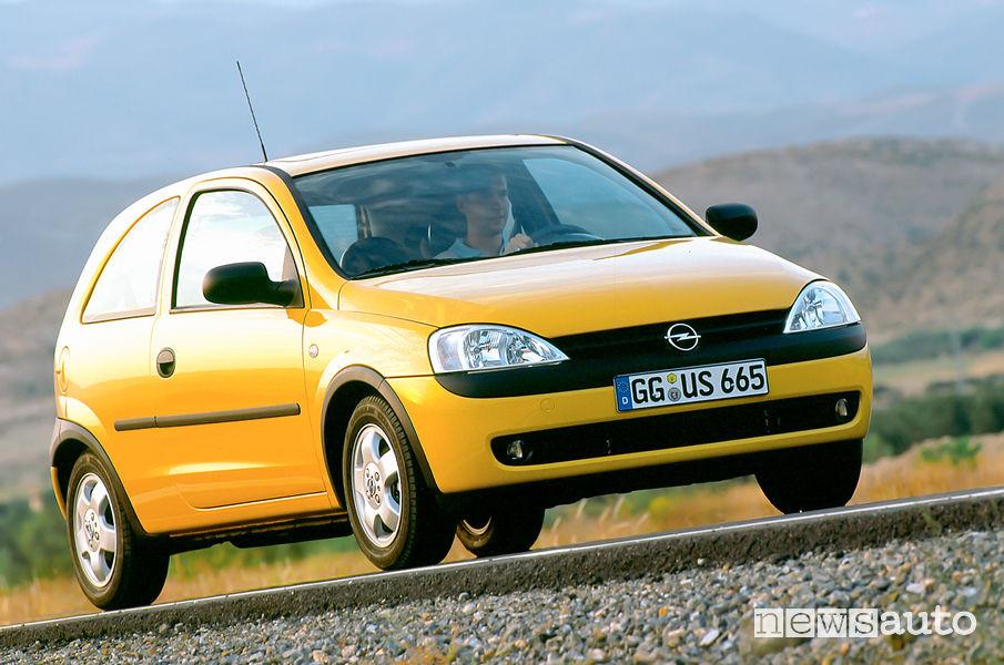 Opel Corsa C terza generazione 2000