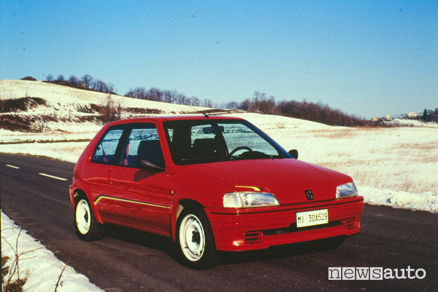 Peugeot 106 Rallye vista di profilo