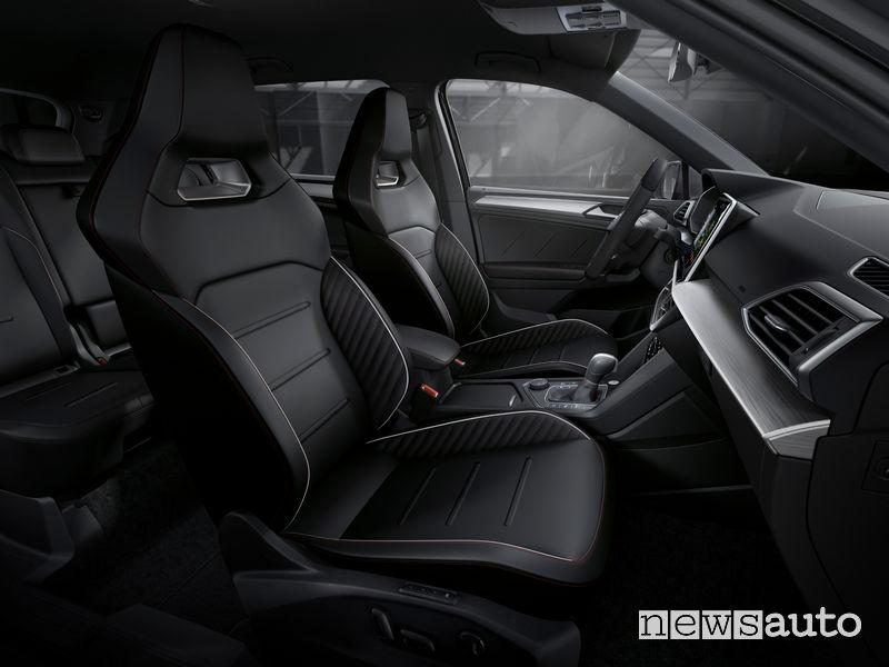 Seat Tarraco ibrida plug-in PHEV FR sedili anteriori