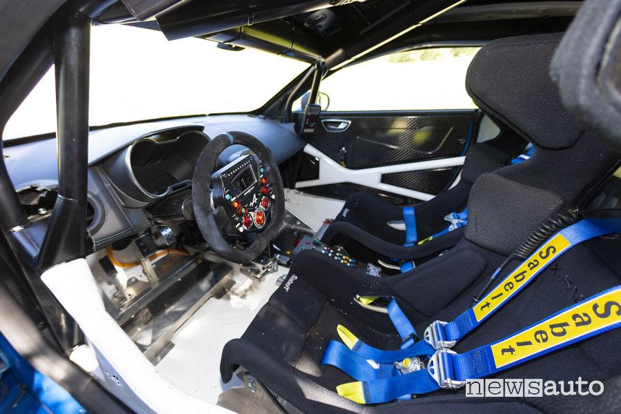 Volante e sedili da corsa Sabelt Alpine A110 Rally