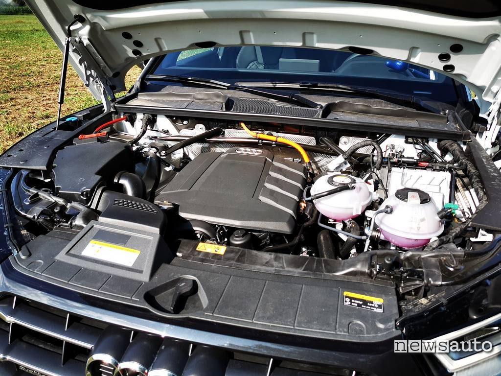 Motore ibrido da 367 CV Audi Q5 Phev