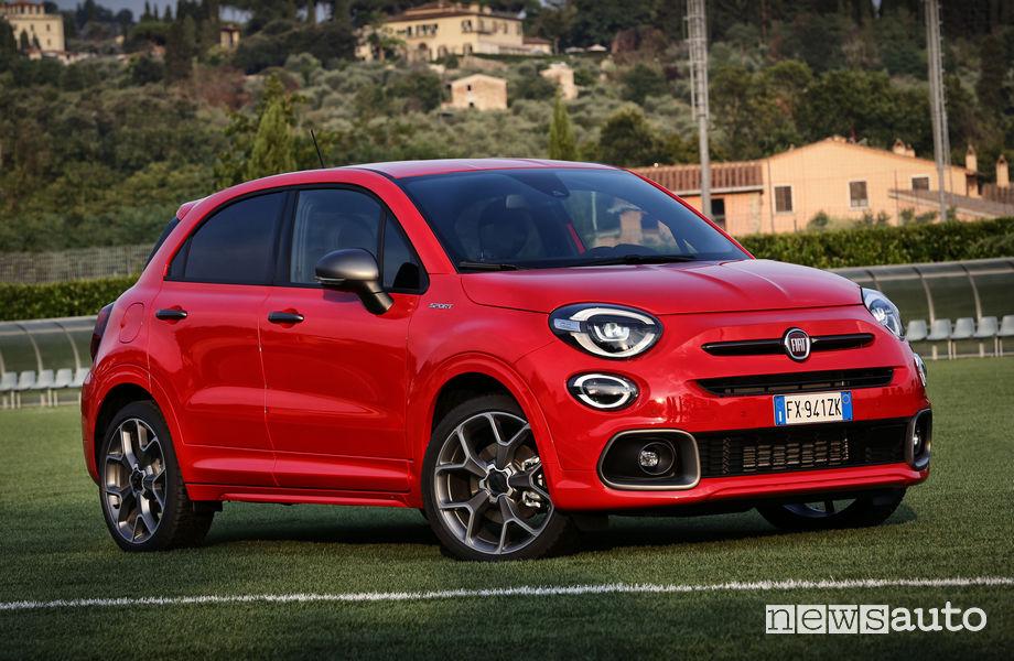 Vista di profilo Fiat 500X Sport
