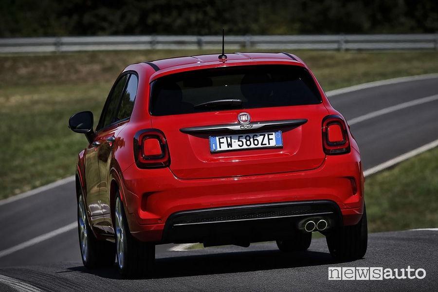 Portellone e fari a LED posteriori Fiat 500X Sport