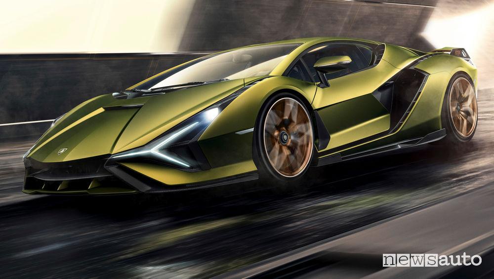 Lamborghini Sian vista di profilo in movimento