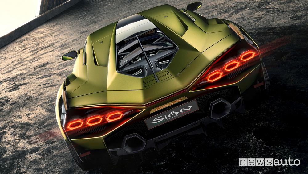 Lamborghini Sian ibrida doppio scarico posteriore