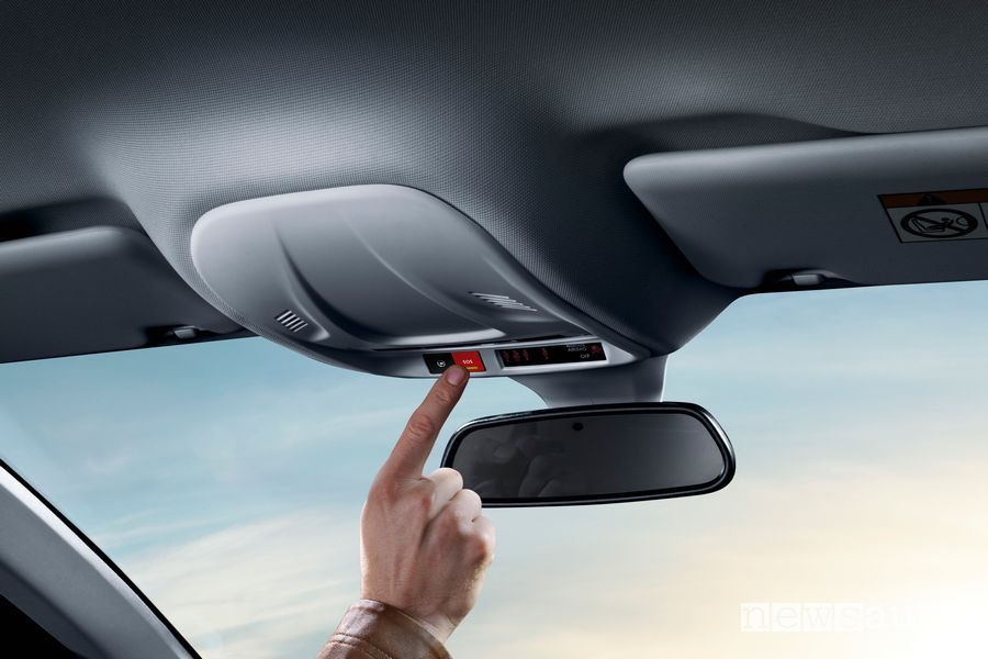 Tasto rosso SOS chiamata d'emergenza eCall Opel