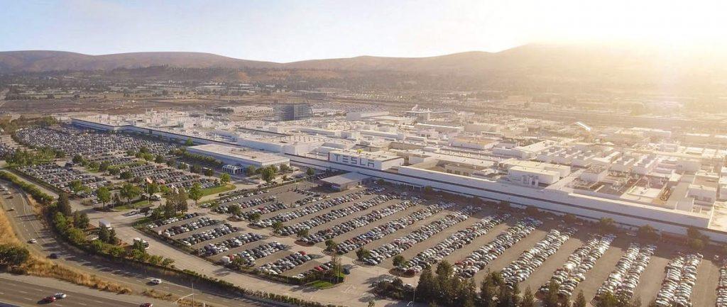 Fabbrica Tesla a Fremont in California dove verrà prodotto il Suv Model Y