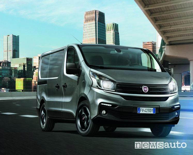 Fari anteriori Fiat Talento furgone