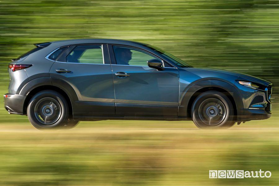 Fiancata laterale Mazda CX-30