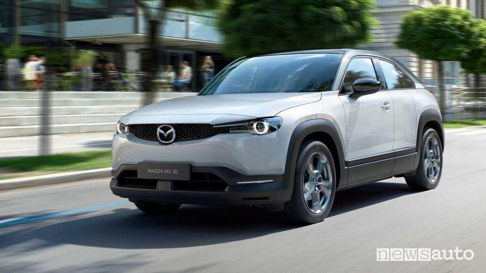 Nuovo frontale Mazda MX-30 elettrica