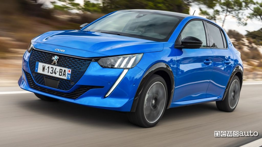 Quanto energia consuma la Peugeot e-208 elettrica