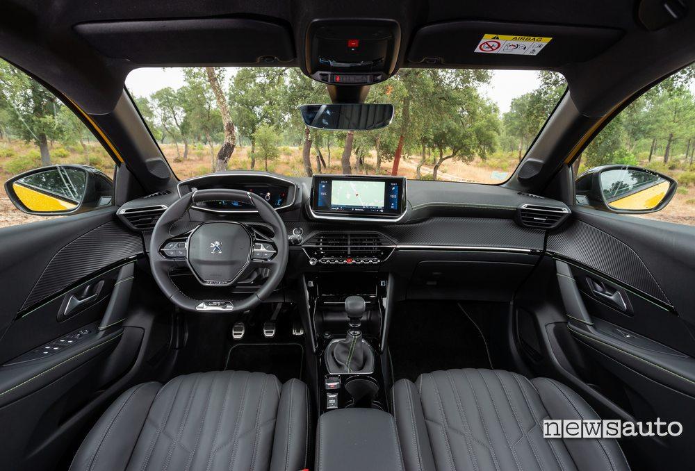 interni Peugeot 208 2019