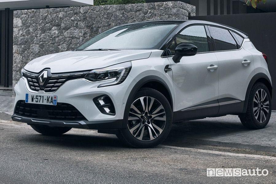 Vista di profilo Renault Captur 2020 Initiale Paris