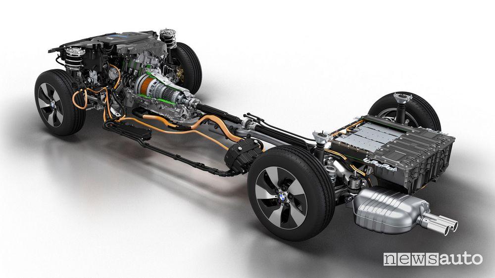 Schema motore ibrido plug-in BMW 330e