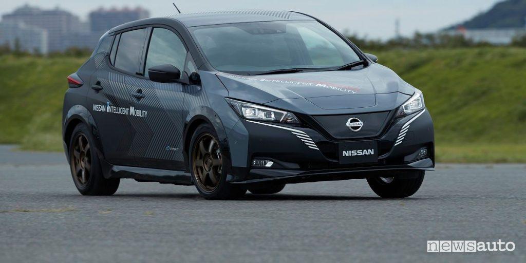Auto elettrica ad alte prestazioni, prototipo Nissan su base Leaf