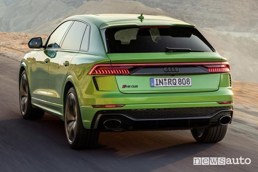Vista posteriore Audi RS Q8
