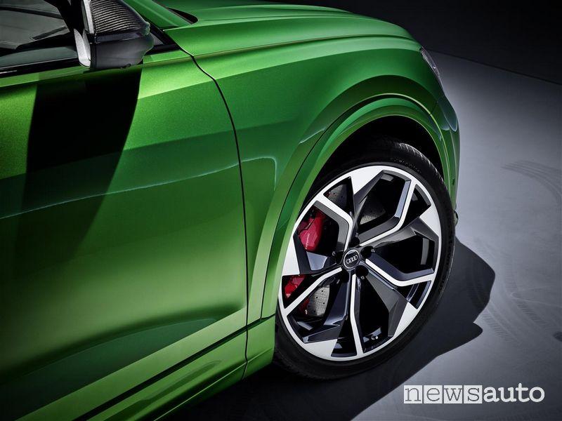 Cerchi in lega, impianto frenante ad alte prestazioni Audi RS Q8