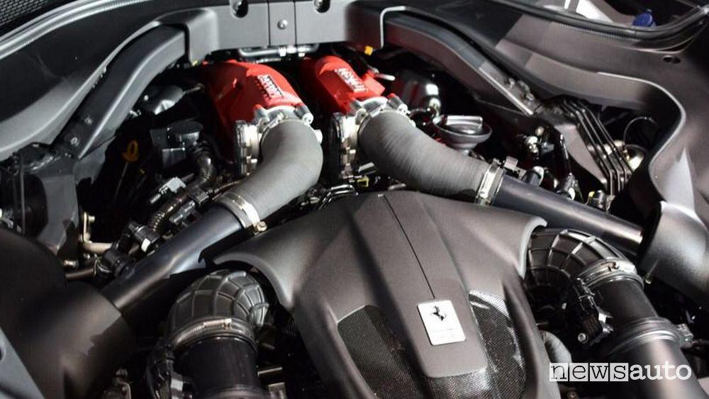 Motore V8 Ferrari Roma
