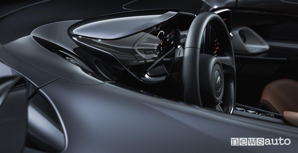 Volante, abitacolo McLaren Elva