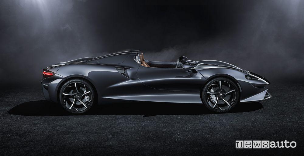 Fiancata laterale McLaren Elva