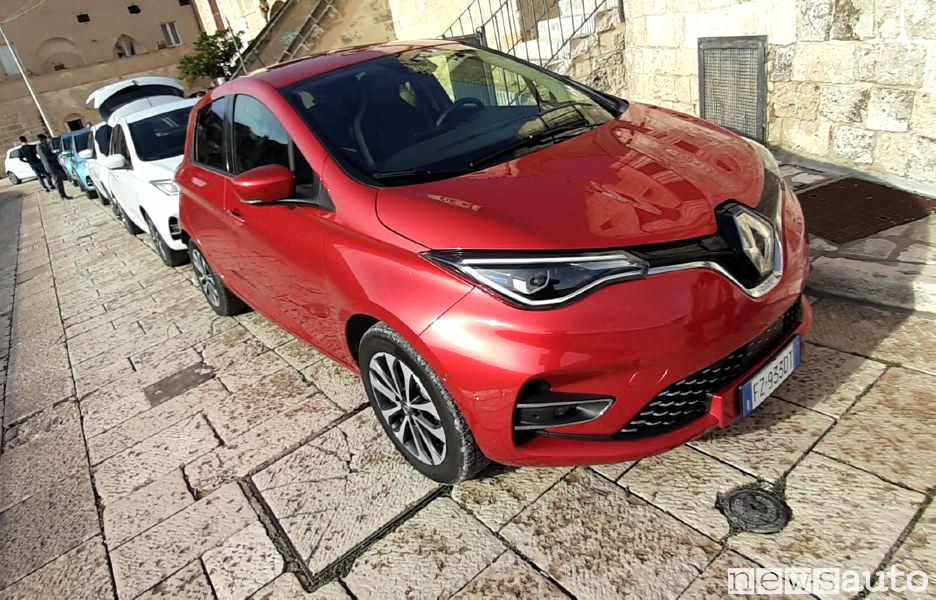 Nuova Renault Zoe R135 ZE50 2020 colore Rosso Passion