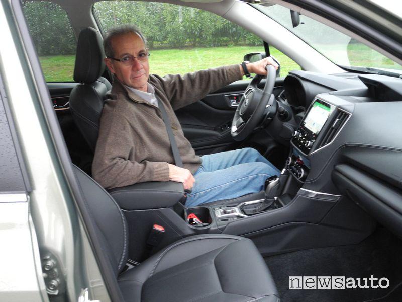 Eugenio Martignani alla guida del Subaru Forester e-Boxer