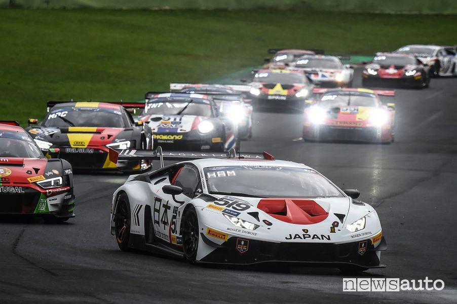 La Lamborghini Huracan del team giapponese ha trionfato nella GT Cup nella FIA Motorsport Games Vallelunga 2019