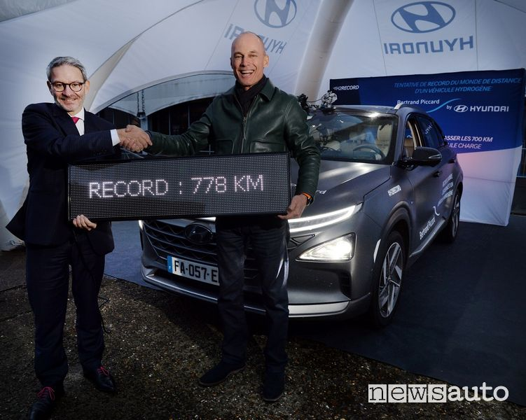 Bertrand Piccard record idrogeno Hyundai Nexo