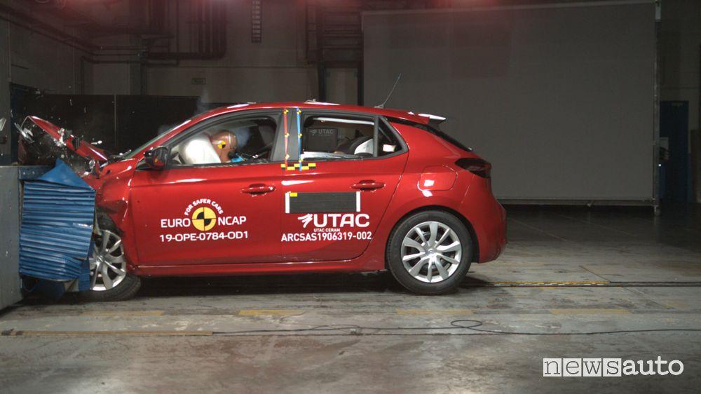 Opel Corsa Crash Test 2019 urto frontale